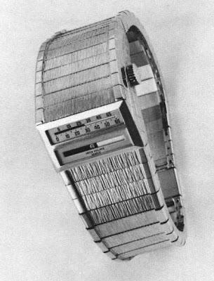 Urwerk King Cobra CC1 Reintrepretation of 1958 Patek Philippe Cobra Prototype - Cylindrical Retrograde Linear Jumping Hour Display
