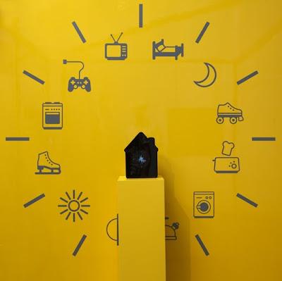 Visual Voltage Displays Your Energy Usage Around the Clock