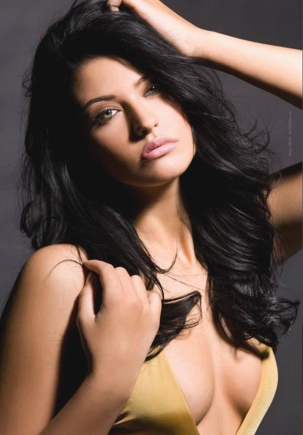Sexy Romanian Women 8