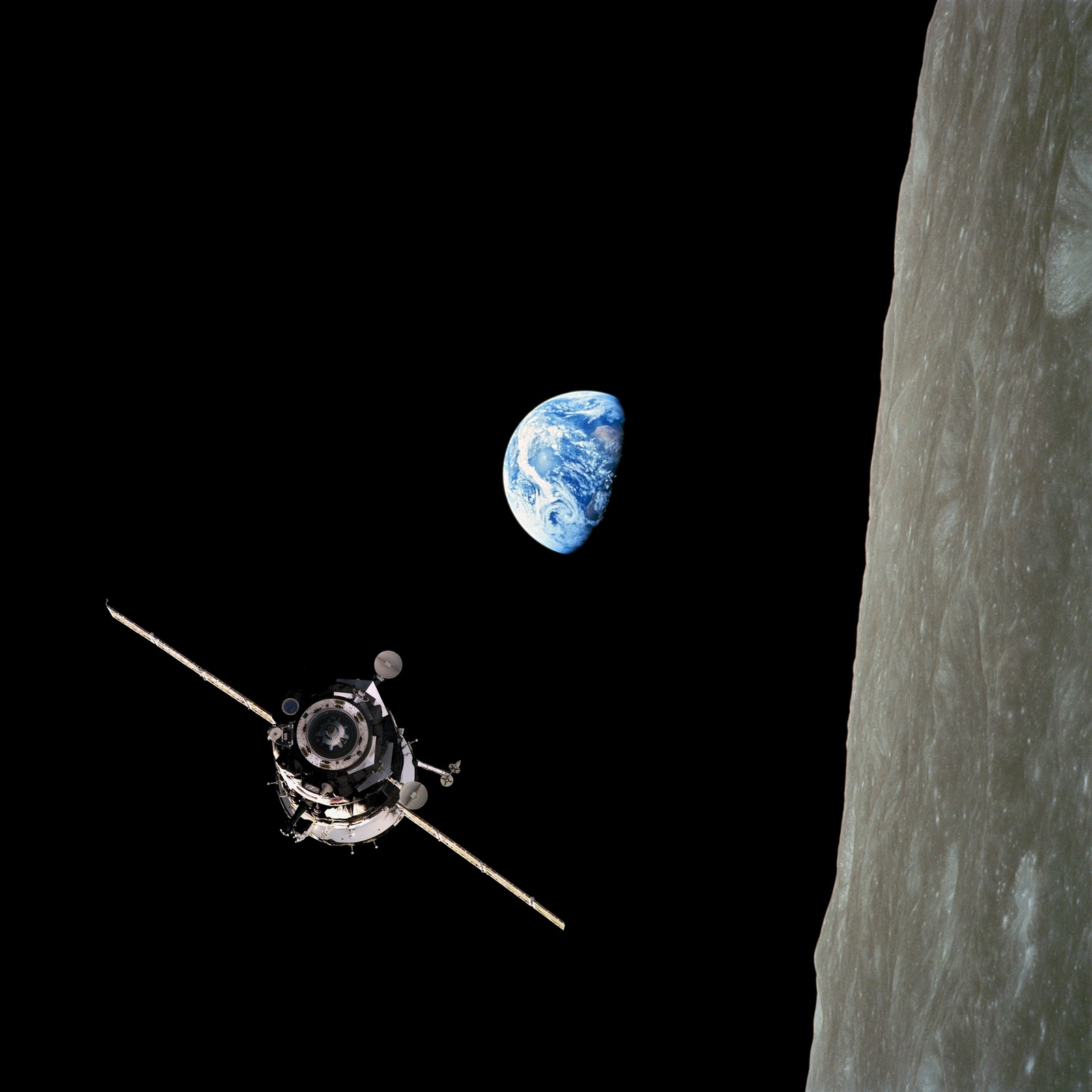 Apollo 8 Orbits the Moon - Pics about space