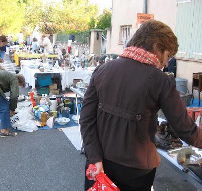 Puce - flea market