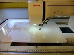 Queen Size Supreme Slider For Free Motion Machine Quilting