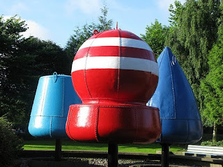 TBSteve's Flickr photo of the three (repainted) buoys