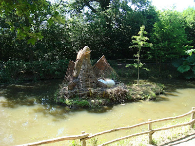 A dragon's nest at Groombridge?