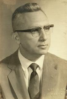 Resultado de imagem para foto de Olavo Montenegro