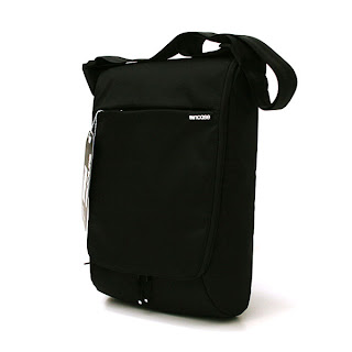 Incase Nylon Vertical Shoulder Bag 15in Black
