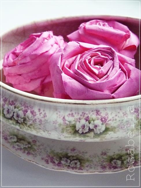 39 rosabella la vie en rose 39 und hier das ganze jahr durch bl hn. Black Bedroom Furniture Sets. Home Design Ideas