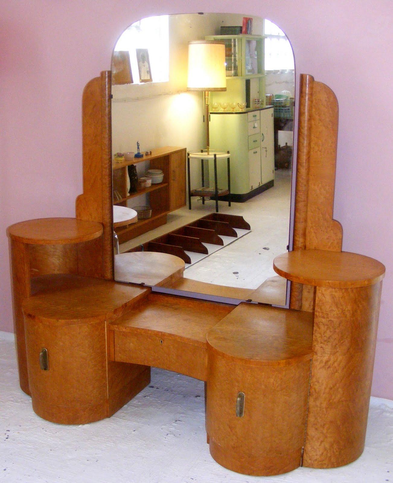 Vamp Furniture April 2010