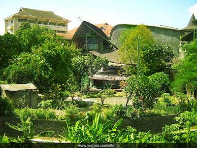 Museum / Galeri Affandi Yogyakarta
