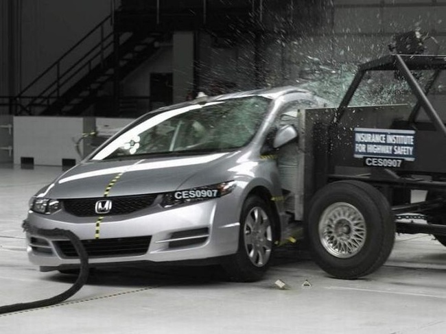 Car crash tests: 40
