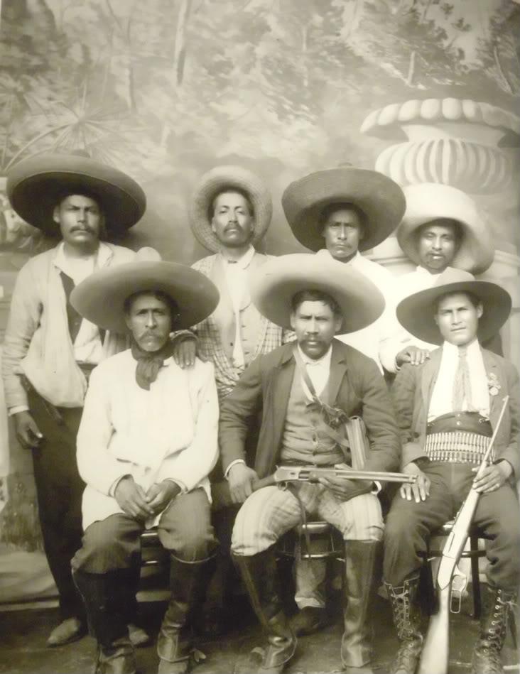 La Revoluci 243 N Mexicana En Im 225 Genes La Polaka Del Nopal