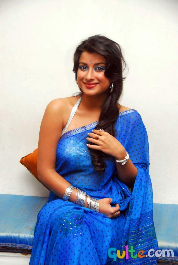 Telugu Beauty Madhurima Latest Hot Photo Stills Hot And -2182