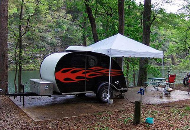 crazy caravans supaswag counter culture. Black Bedroom Furniture Sets. Home Design Ideas