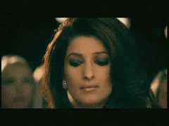 Beautiful TWINKLE KHANNA In New Micromax AD1