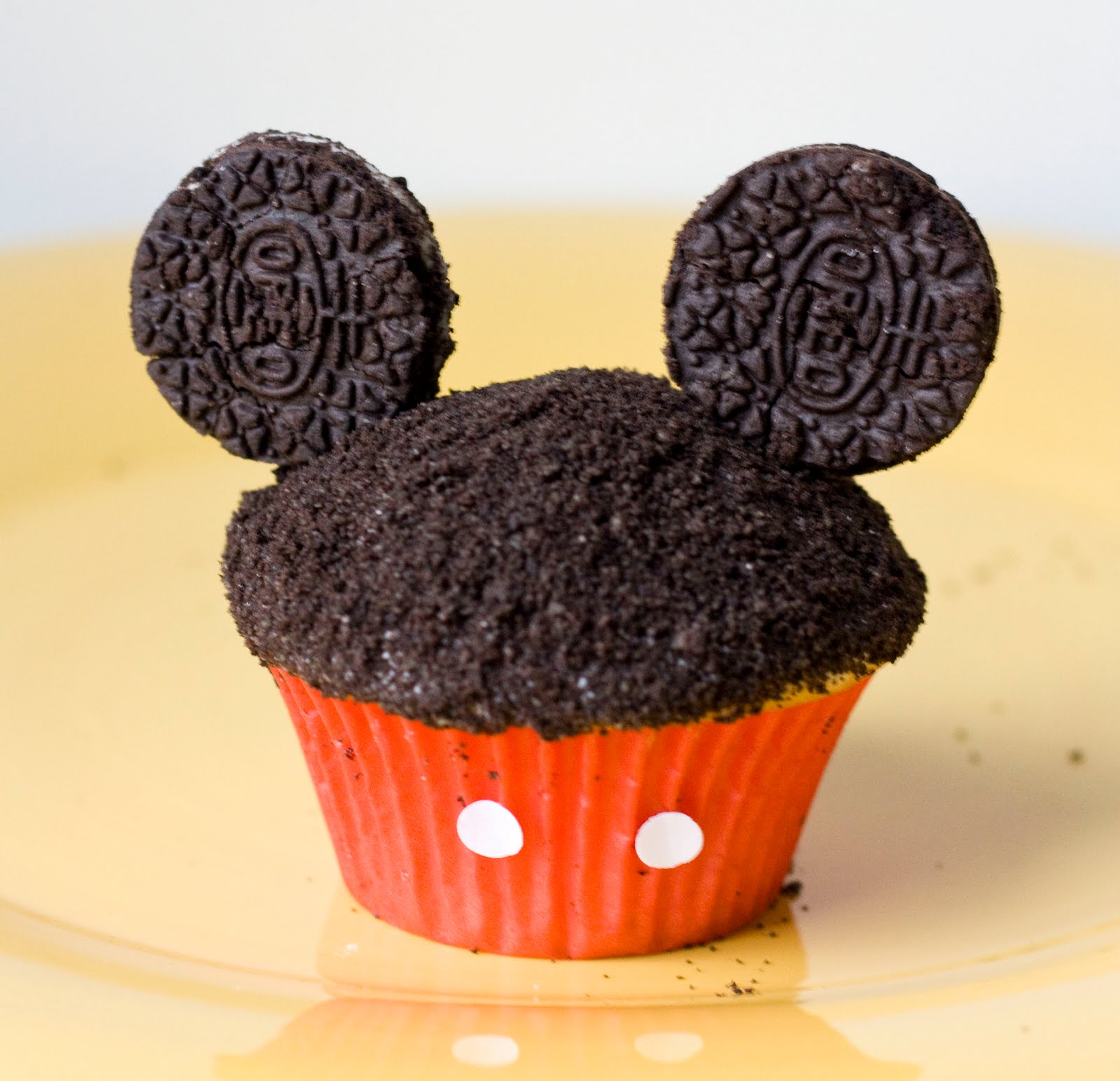 Erica's Sweet Tooth » Mickey Cupcakes