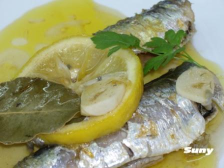 Escabeche de sardinas con limón y pimentón