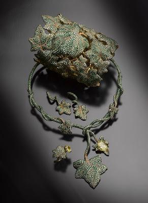 Jaeger-LeCoultre Le Lierre necklace