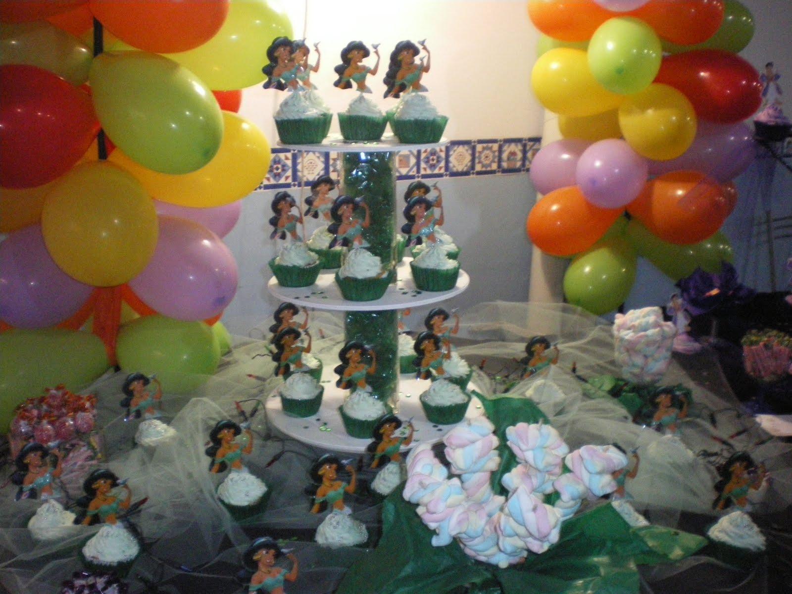 Pupu 180 S Cup Cakes Agosto 2010