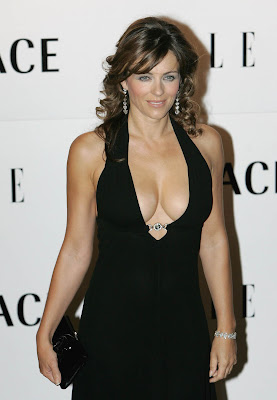 Lacey Chabert Cleavage Shots are a Joy | Nude Photos Albums