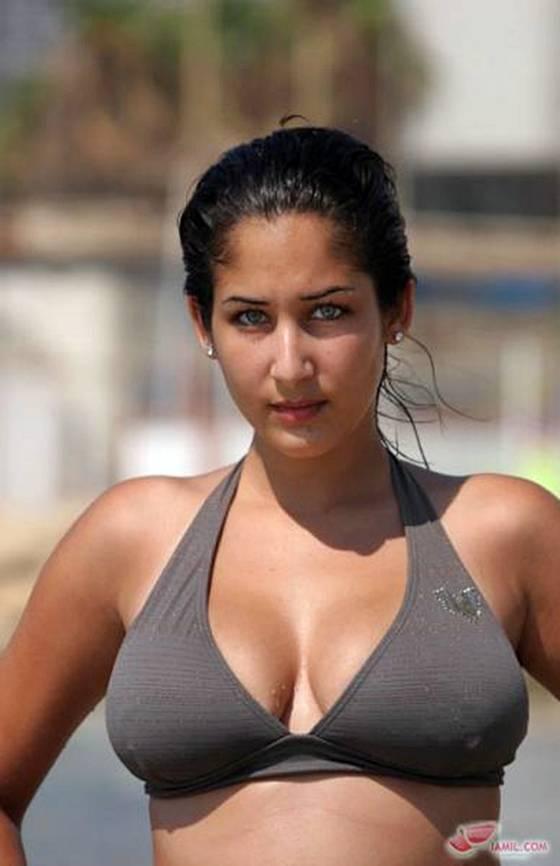 Nude Israeli Woman 17