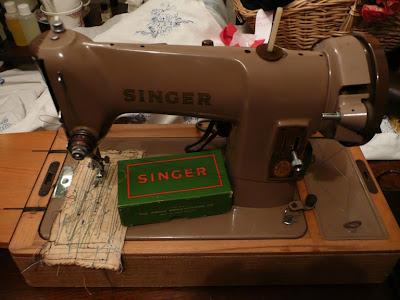 The Balancing Kiwi My Vintage Singer Sewing Machine Collection Custom 1955 Singer Sewing Machine