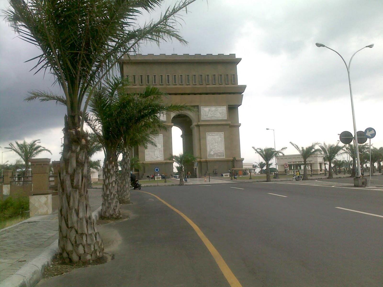 WwwHELDNEWScom The Mysteries Of Paris Monuments Moved In Kediri