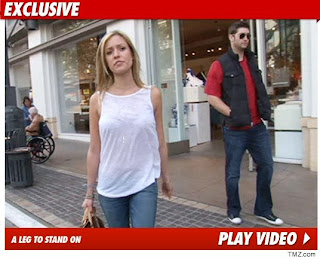 Jay Cutler out shopping with Kristin Cavallari