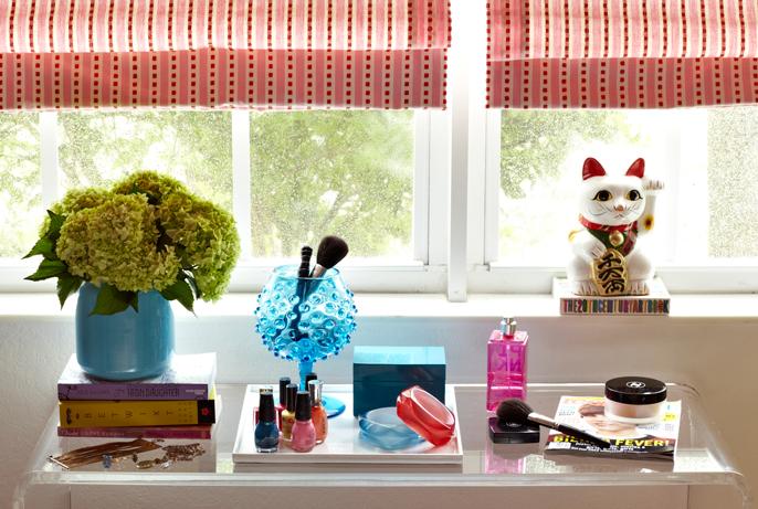 Teen Vogue bedroom - Polly Rowan