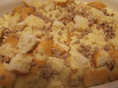 This Amish Style Bread Pudding is so delicious and spicy with creamy cinnamon chips. It's a perfect fall dessert, perfect with a steaming cup of coffee. #WomenLivingWell #amishdesserts #easydesserts #breadpudding