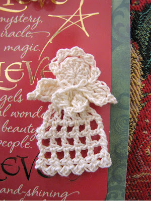 Free Crochet Pattern For Tiny Angels : BellaCrochet: Tiny Christmas Angel, a free crochet pattern ...