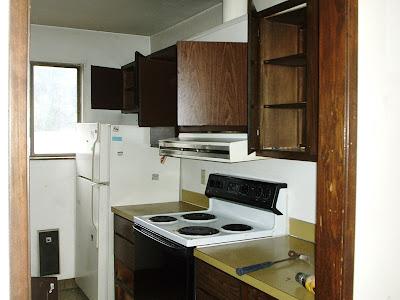 Asset Renovation & Maintenance, Inc. : Apartment Kitchen ...