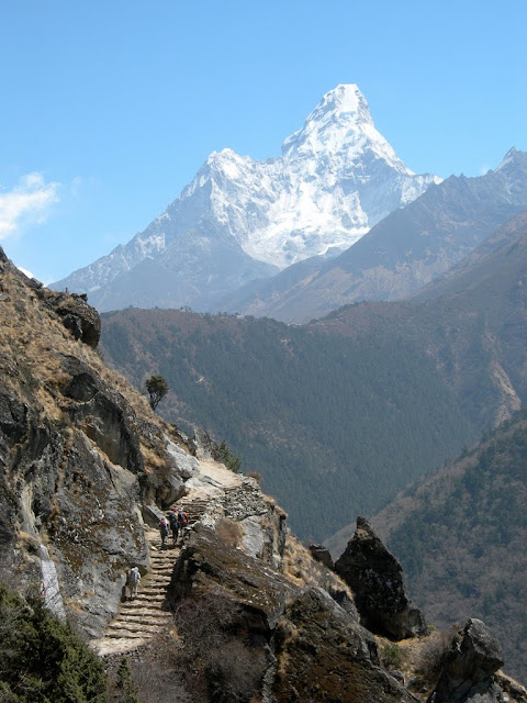 mount Everest view trek nepal