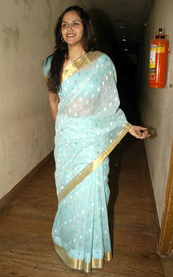 All Stars Photos Sexy Sheer Saree Photo From Bollywood-1631