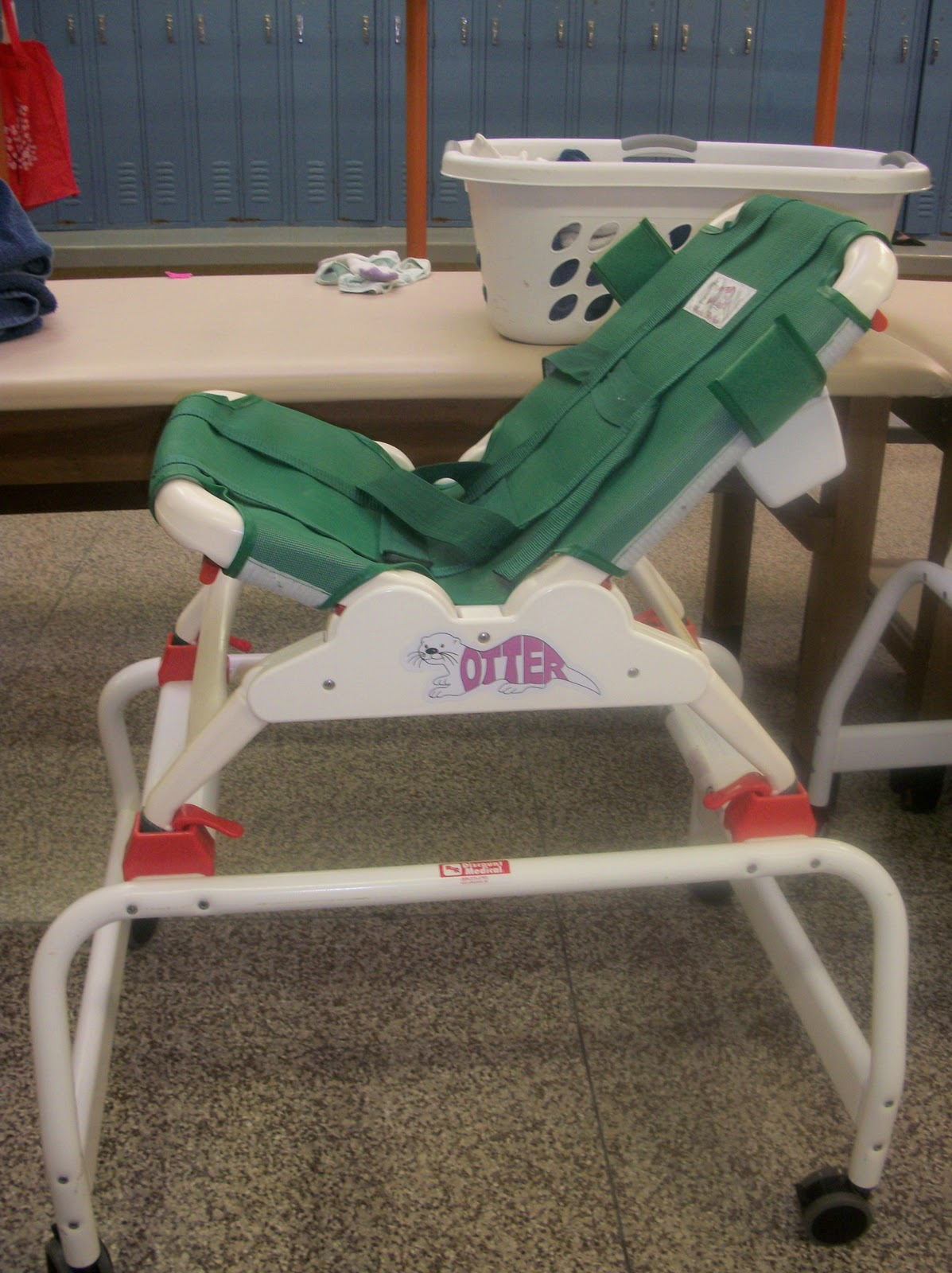 Otter Bath Chair Waiting Chairs For Salon Stimr Columbia Vs Reclining And