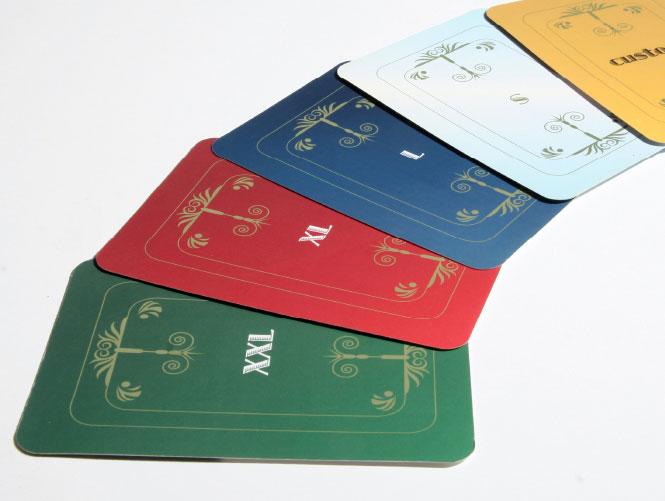 עיצוב קלפים: עיצוב גרפי, מעצב גרפי, סטודיו לעיצוב גרפי, סטודיו בוטיק, עיצוב אתרים, מיתוג