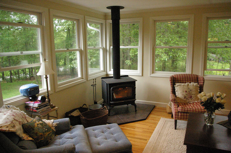 Live, Laugh, Love: Moving inside on Small Enclosed Patio Ideas id=28321