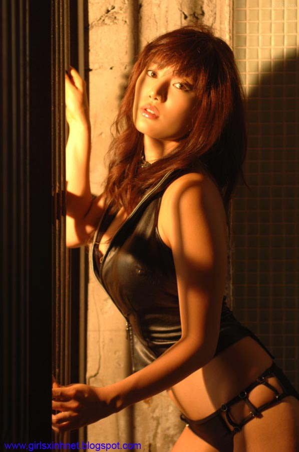 Beautiful Asian Girls Girls in leather outfit  Part 1