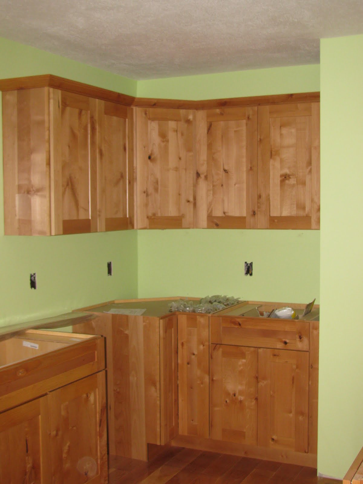 Types Of Crown Molding For Kitchen Cabinets Crown Molding For Kitchen Cabinets