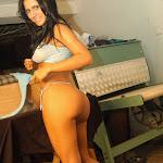 Andrea Rincon, Selena Spice Galeria 4 : Pantalon Azul y Top Transparente Foto 77