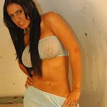 Andrea Rincon, Selena Spice Galeria 4 : Pantalon Azul y Top Transparente Foto 22