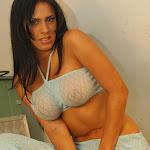 Andrea Rincon, Selena Spice Galeria 4 : Pantalon Azul y Top Transparente Foto 36