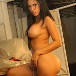 Andrea Rincon, Selena Spice Galeria 4 : Pantalon Azul y Top Transparente Foto 122