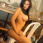 Andrea Rincon, Selena Spice Galeria 4 : Pantalon Azul y Top Transparente Foto 132
