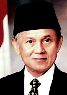 Biography B.J Habibie