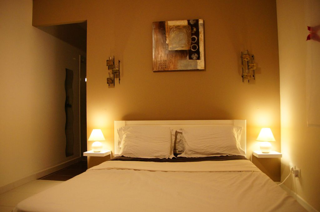 etagere chambre adulte chambre gris et noir rouen with etagere chambre adulte beautiful. Black Bedroom Furniture Sets. Home Design Ideas