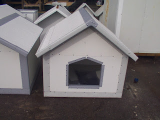 Insulated Metal Dog Houses
