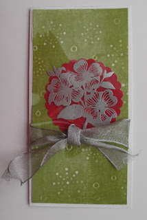 Incorporate texture--Dogwood flower and textured card making tutorial