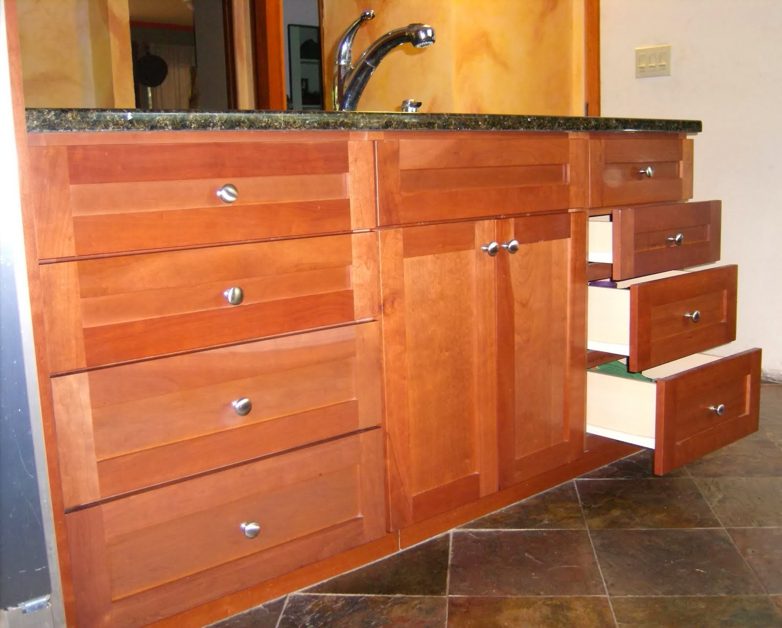 Plans Cabinets With Drawers PDF Woodworking