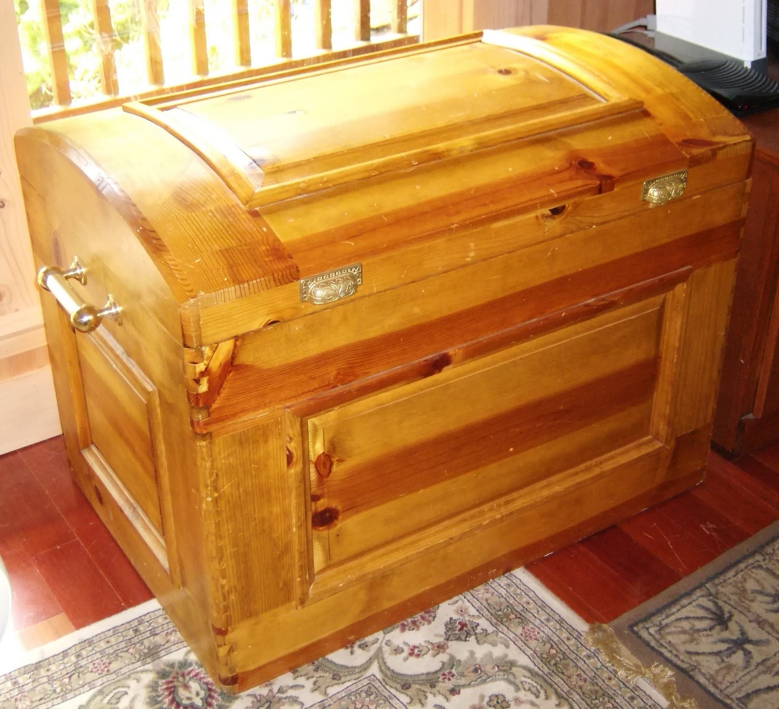 Woodwork Cedar Chest Woodworking Plans PDF Plans