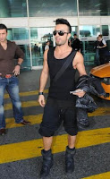 Tarkan's new look back from America
